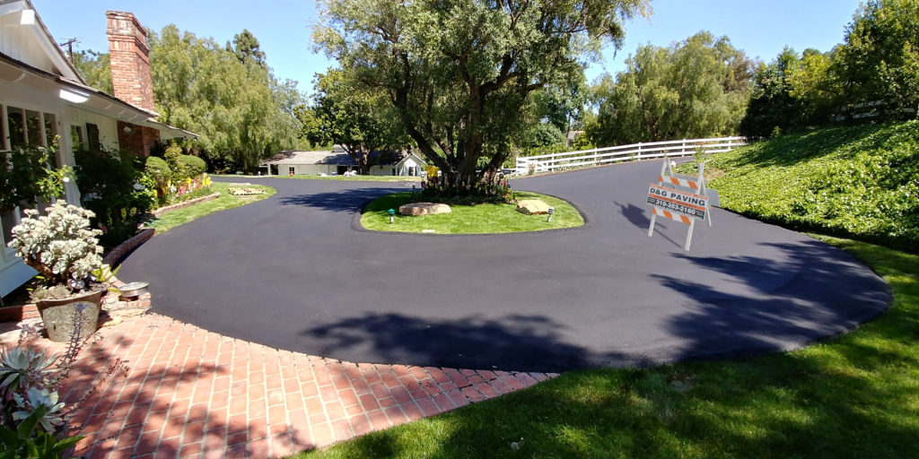 D&G Paving - After - local Palos Verdes residential driveway resurfacing